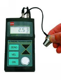 Ultraschall-Wanddickenmeßgerät TT-130