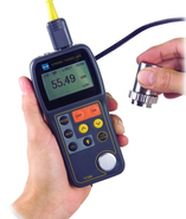 Ultraschall-Wanddickenmeßgerät TT-300